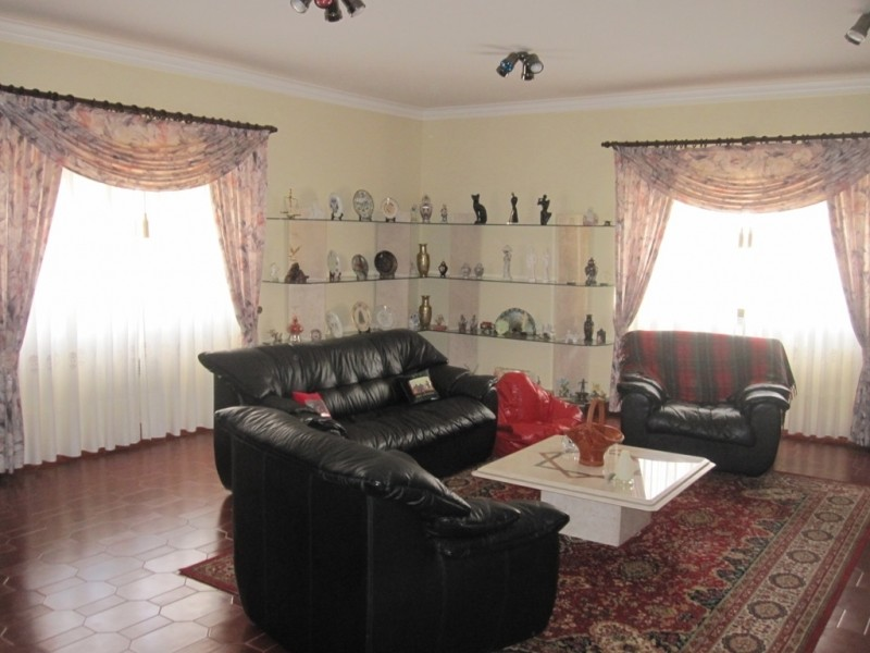 Image 19   4 bedroom villa for sale with 0.6 hectares of land, Cadaval, Lisbon District, Costa de Prata Silver Coast 196233
