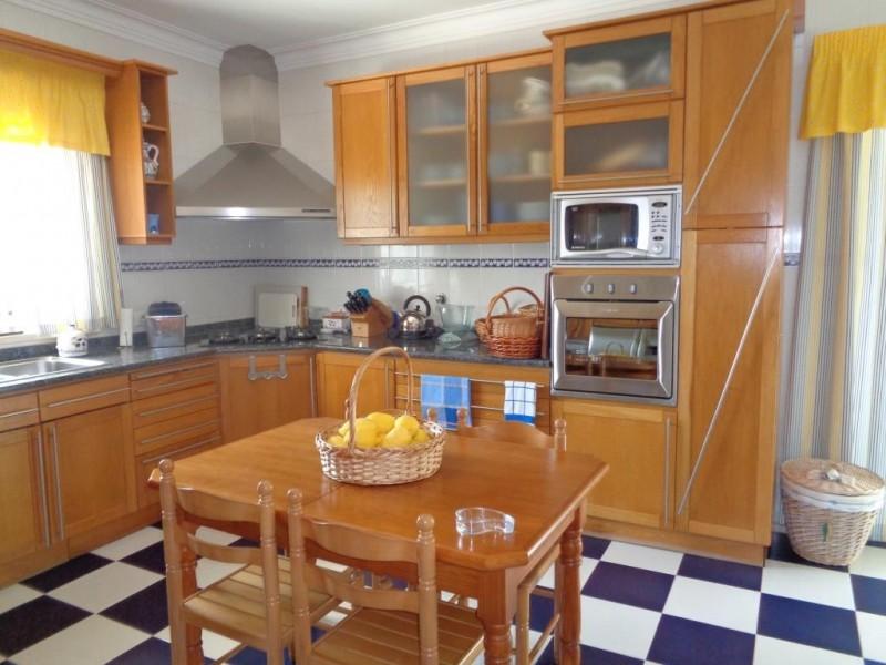 Image 9   4 bedroom villa for sale with 1,618m2 of land, Cadaval, Lisbon District, Costa de Prata Silver Coast 196235