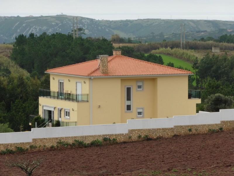 Image 12 | 4 bedroom villa for sale with 1,691m2 of land, Lourinha, Lisbon District, Costa de Prata Silver Coast 196236