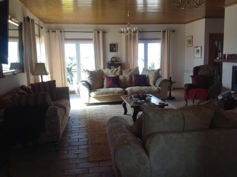 Image 6 | 4 bedroom villa for sale with 1,691m2 of land, Lourinha, Lisbon District, Costa de Prata Silver Coast 196236