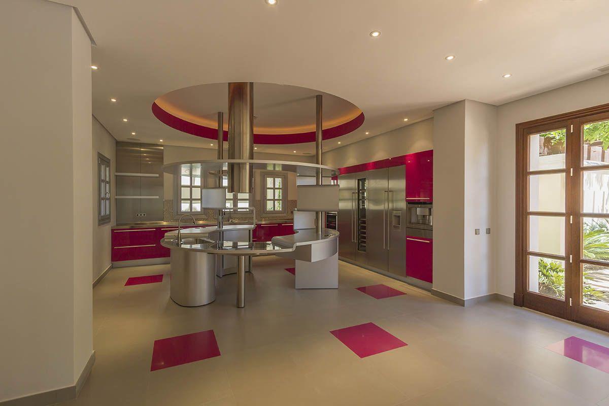 Image 7   10 bedroom villa for sale with 1.1 hectares of land, La Zagaleta Golf, Benahavis, Malaga Costa del Sol, Andalucia 196456