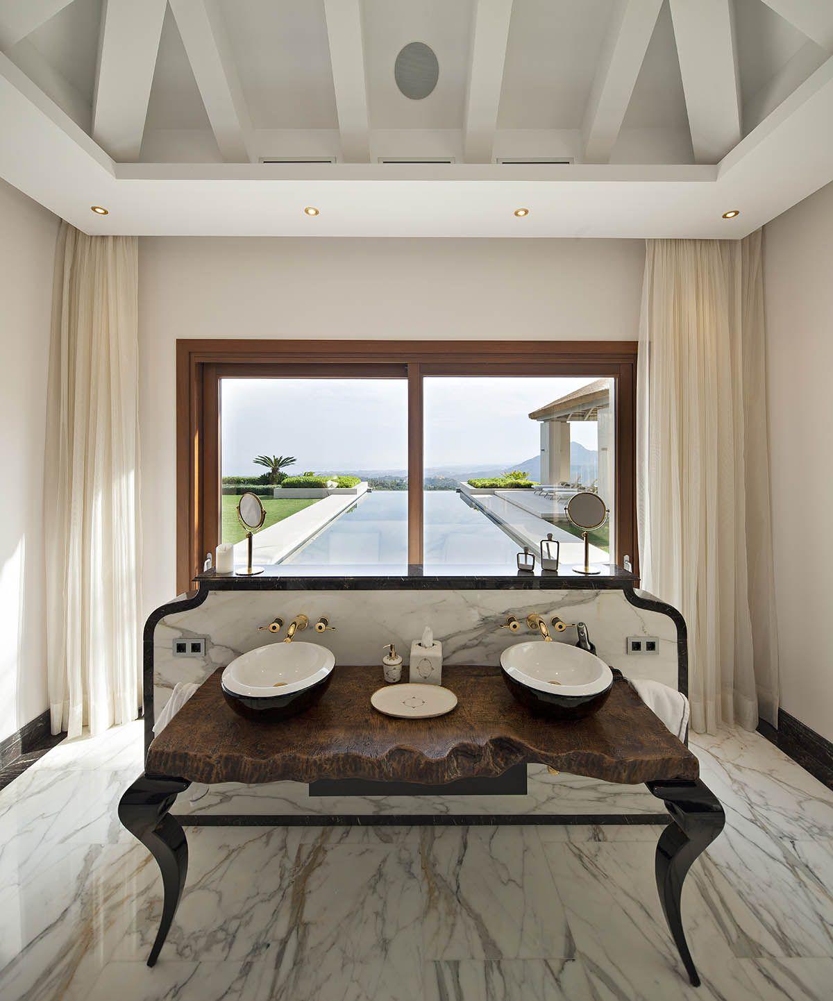 Image 10   6 bedroom villa for sale with 0.4 hectares of land, La Zagaleta Golf, Benahavis, Malaga Costa del Sol, Andalucia 196484