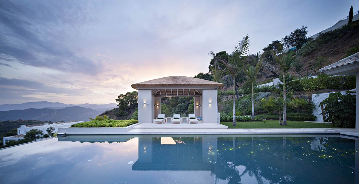 Image 3   6 bedroom villa for sale with 0.4 hectares of land, La Zagaleta Golf, Benahavis, Malaga Costa del Sol, Andalucia 196484