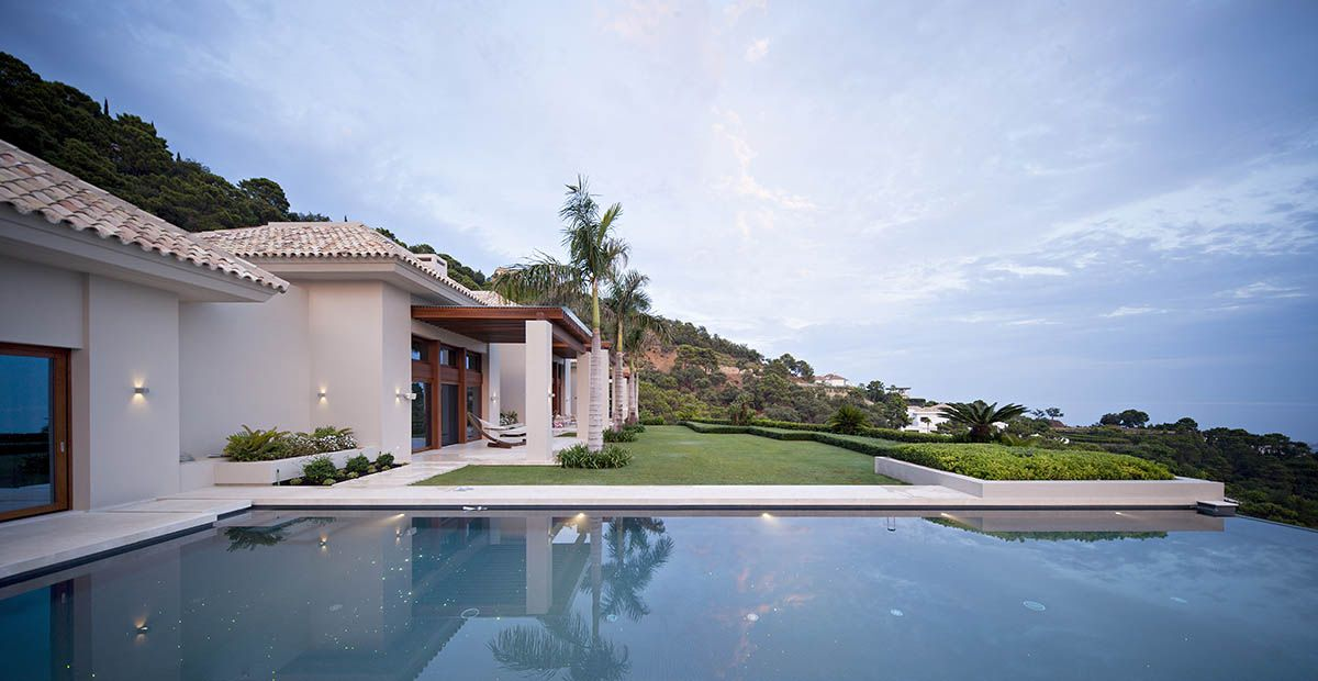 Image 4   6 bedroom villa for sale with 0.4 hectares of land, La Zagaleta Golf, Benahavis, Malaga Costa del Sol, Andalucia 196484