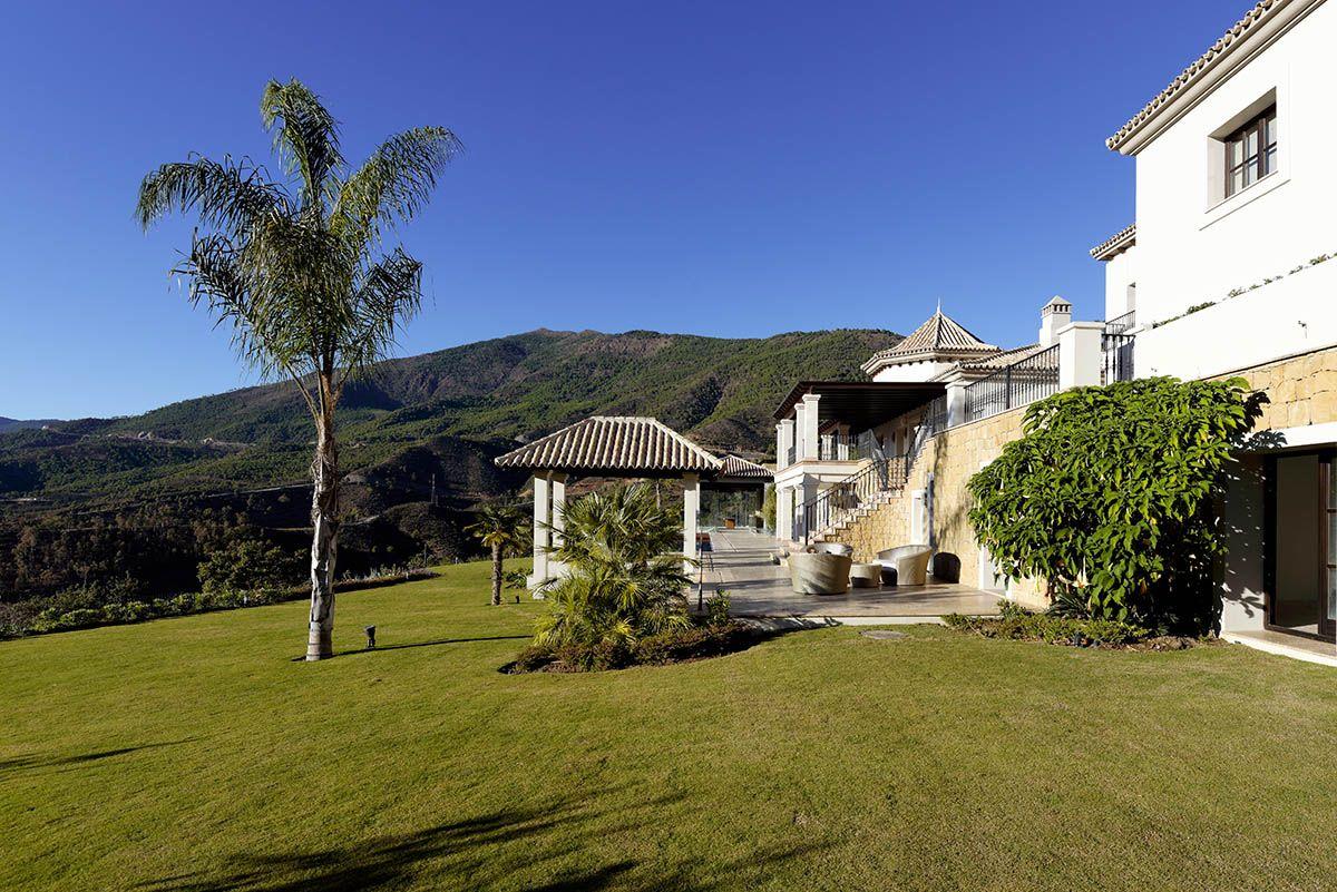Image 5 | 5 bedroom villa for sale with 0.44 hectares of land, La Zagaleta Golf, Benahavis, Malaga Costa del Sol, Andalucia 196486