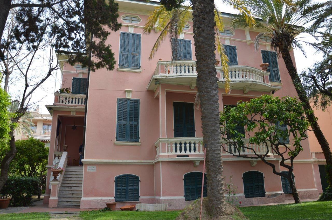 Image 1 | 5 bedroom villa for sale with 1,000m2 of land, Bordighera, Imperia, Liguria 196701