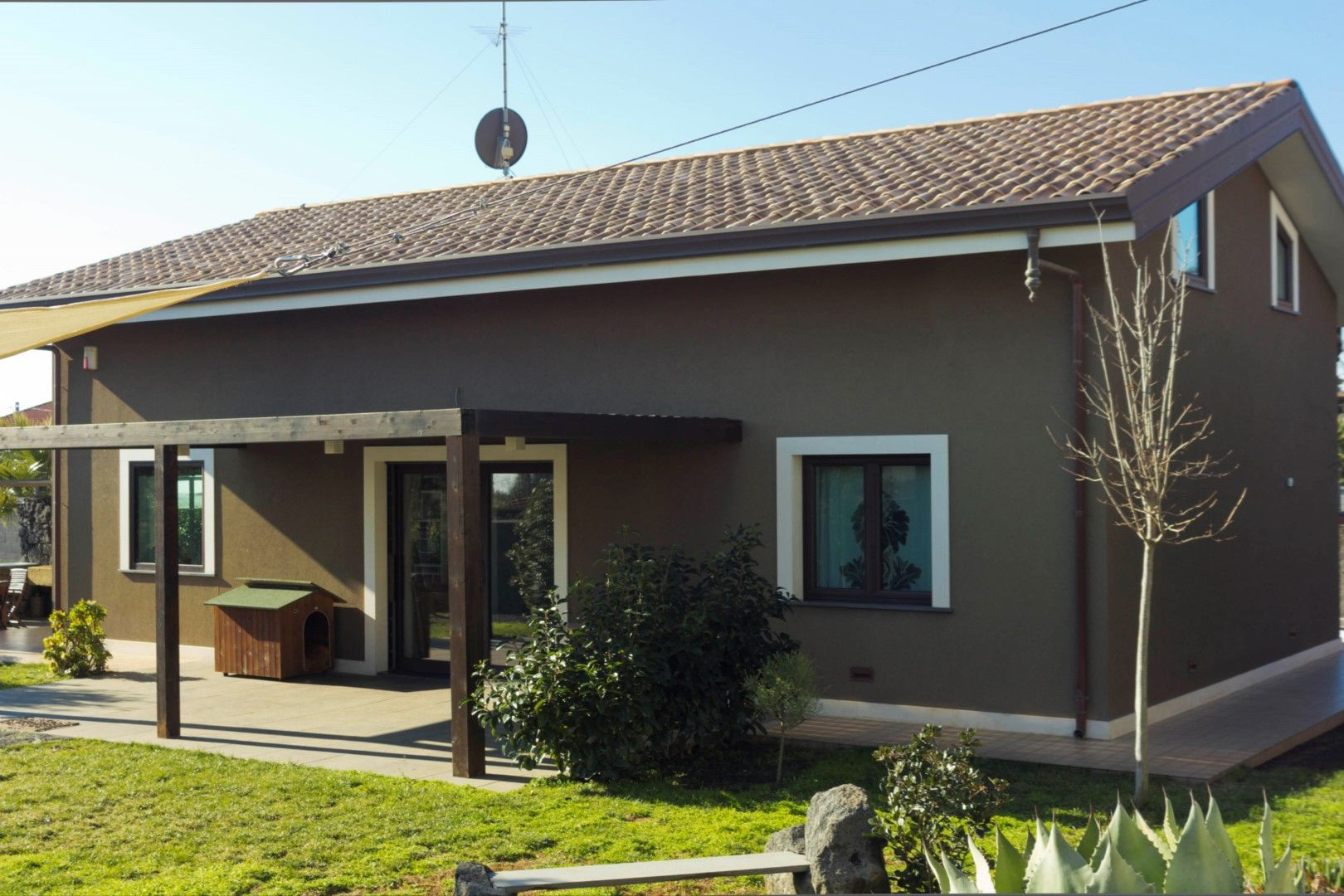 Image 2 | 2 bedroom villa for sale with 1,150m2 of land, Mascalucia, Catania, Sicily 197275