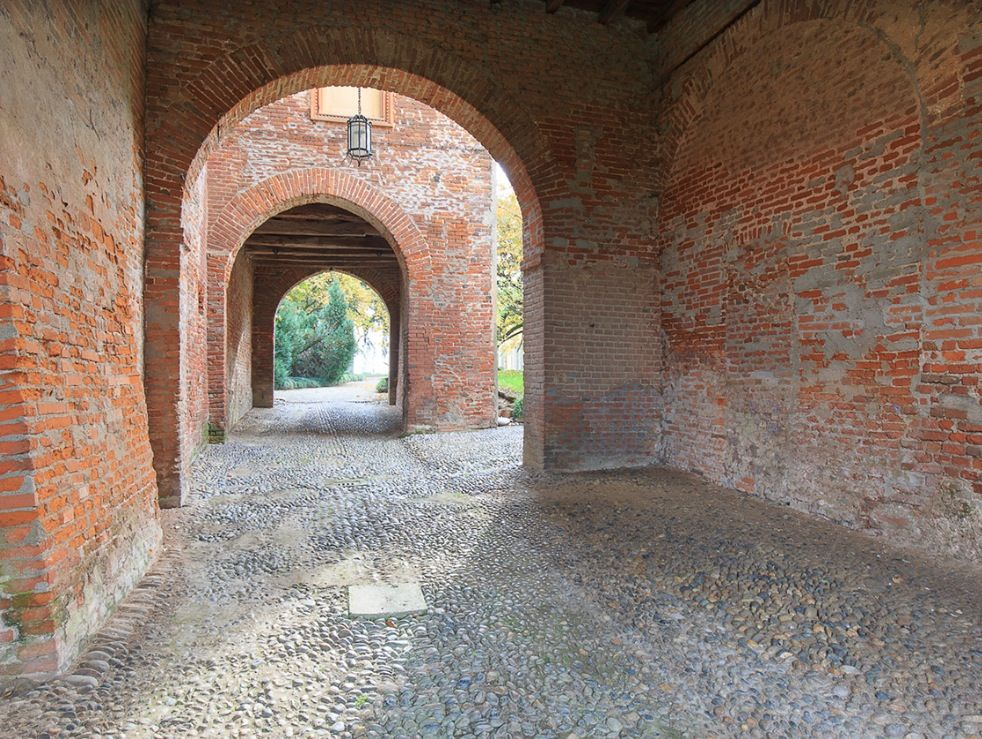 Image 11   15 bedroom castle for sale with 2 hectares of land, Novara, Piedmont 197403