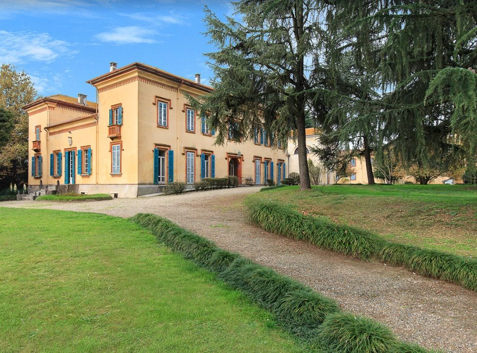 Image 4   15 bedroom castle for sale with 2 hectares of land, Novara, Piedmont 197403