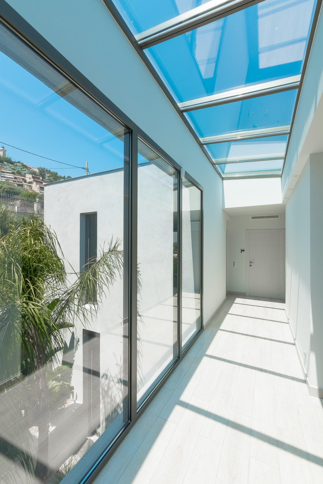 Image 15   7 bedroom house for sale with 0.45 hectares of land, Golfe Juan, Antibes Juan les Pins, French Riviera 197529