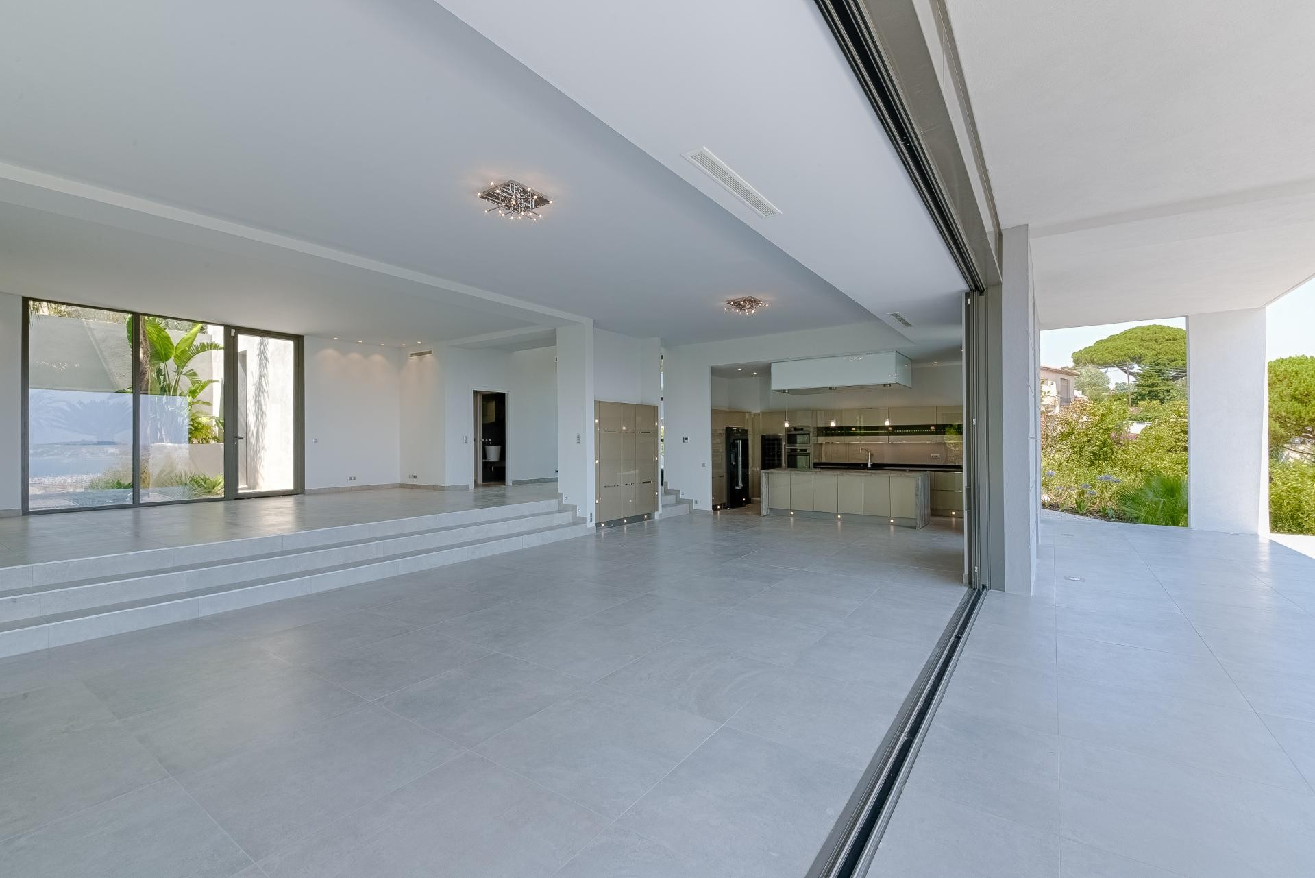 Image 24   7 bedroom house for sale with 0.45 hectares of land, Golfe Juan, Antibes Juan les Pins, French Riviera 197529