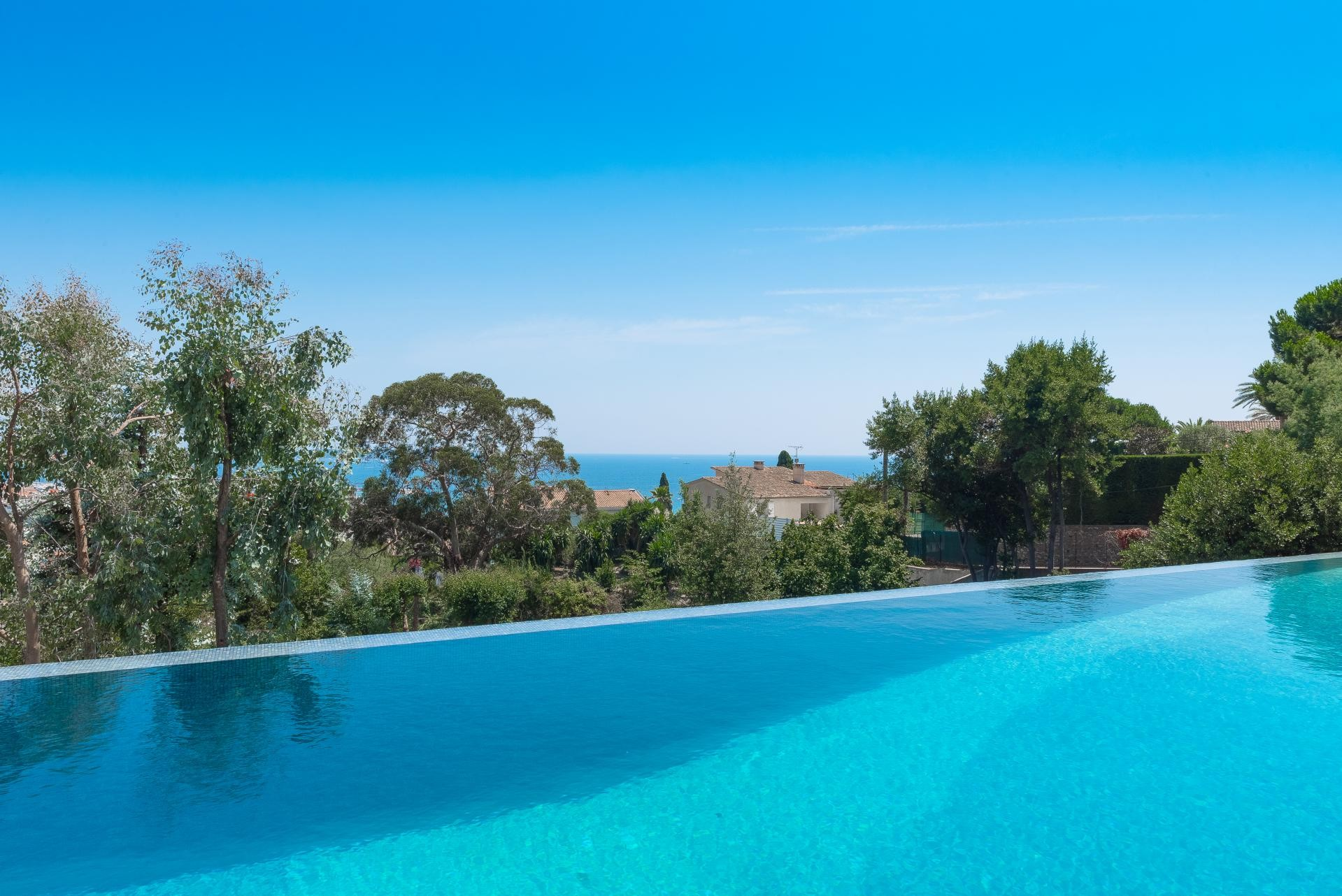 Image 9   7 bedroom house for sale with 0.45 hectares of land, Golfe Juan, Antibes Juan les Pins, French Riviera 197529