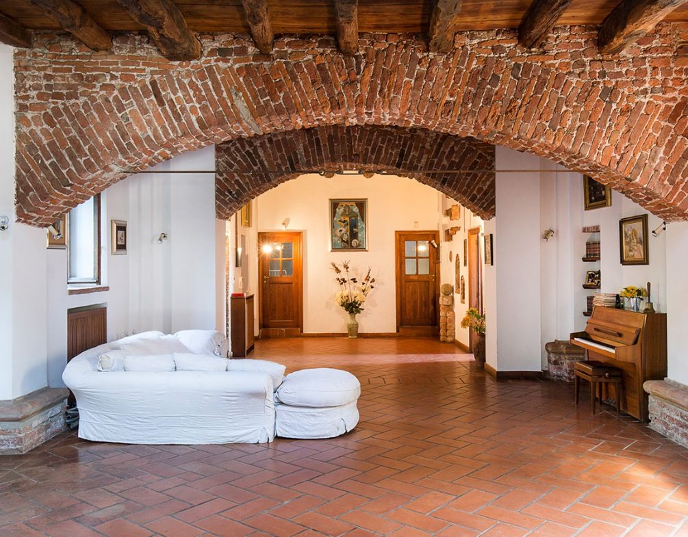 Image 4 | 4 bedroom villa for sale with 1,200m2 of land, Milan, Lombardy 198388