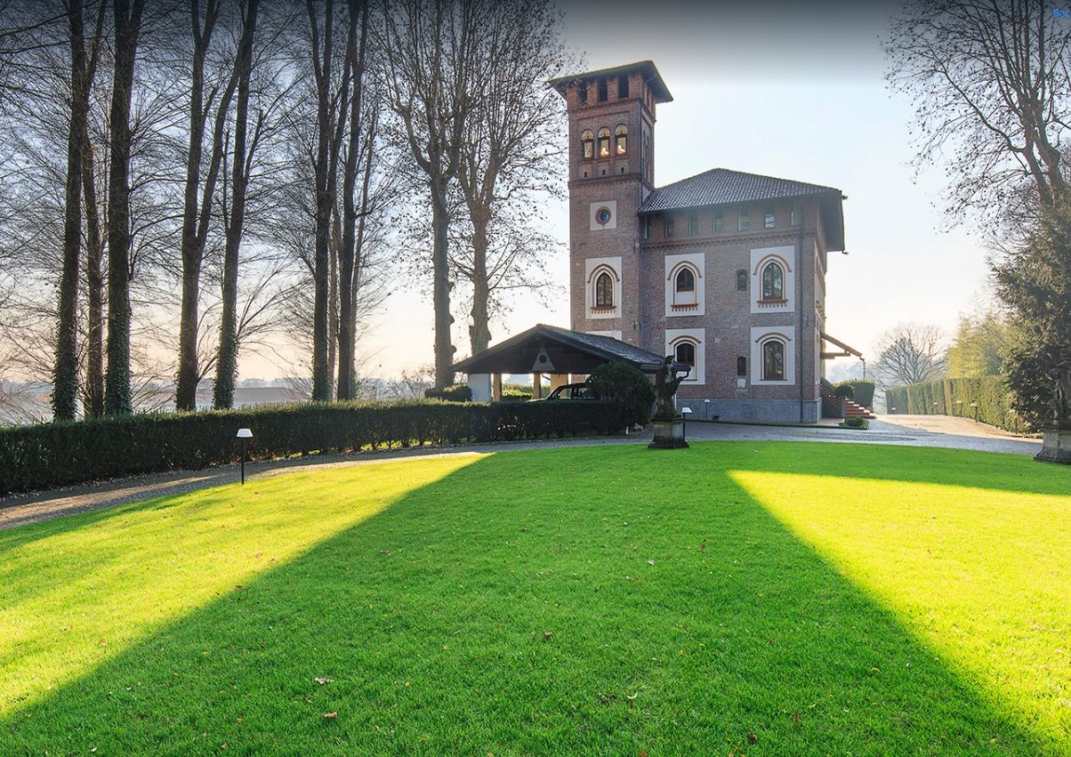 Image 4 | 7 bedroom villa for sale with 19,700m2 of land, Milan, Lombardy 198390