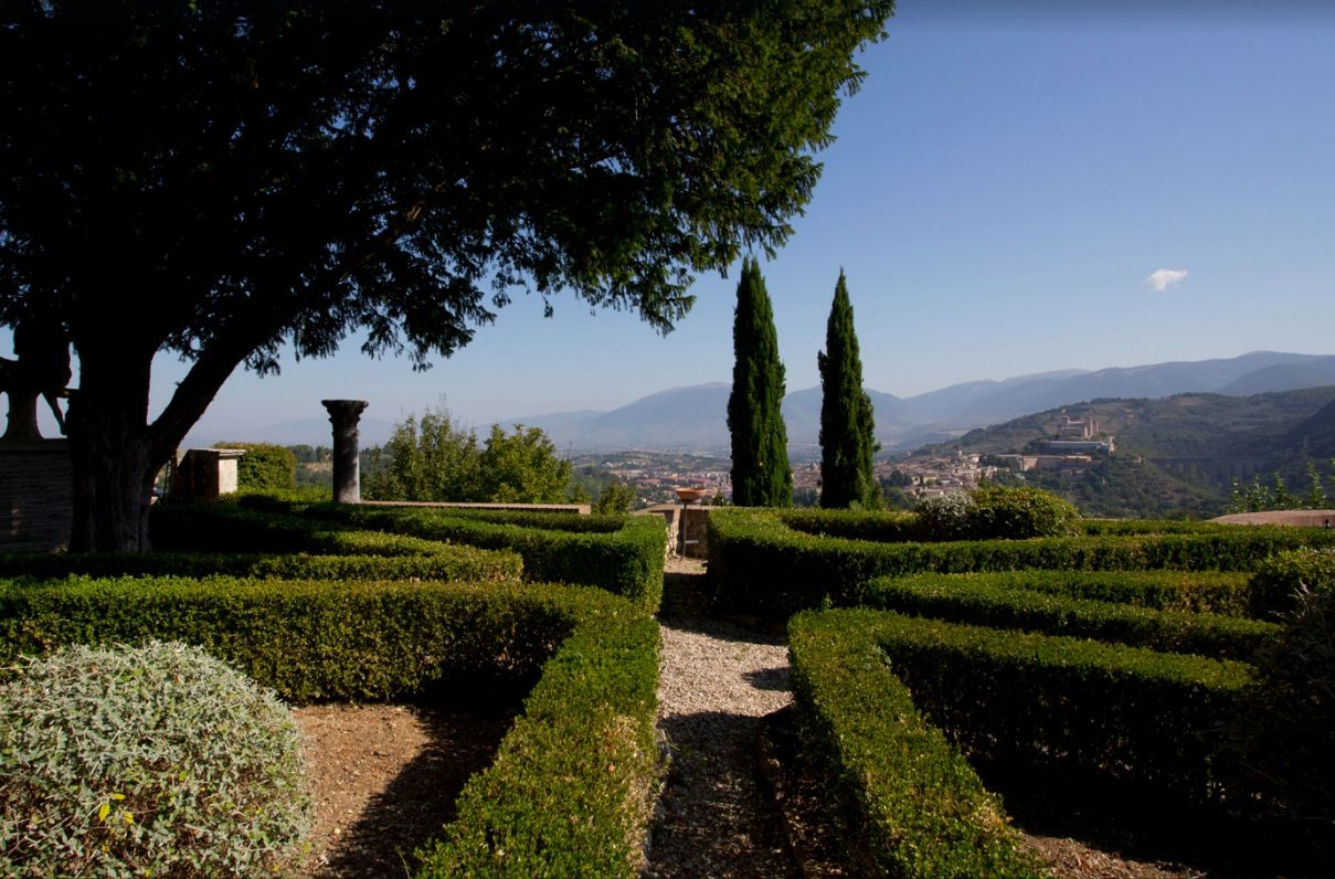 Image 8 | 11 bedroom hotel for sale with 110,000m2 of land, Perugia, Umbria 198762