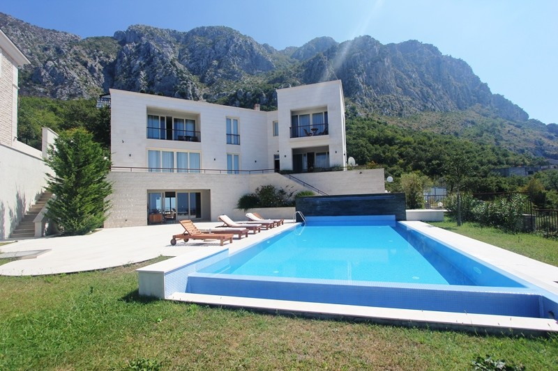 Image 1 | 4 bedroom villa for sale with 860m2 of land, Blizikuce, Budva, Coastal Montenegro 199760