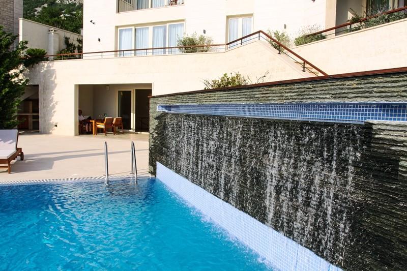 Image 3 | 4 bedroom villa for sale with 860m2 of land, Blizikuce, Budva, Coastal Montenegro 199760