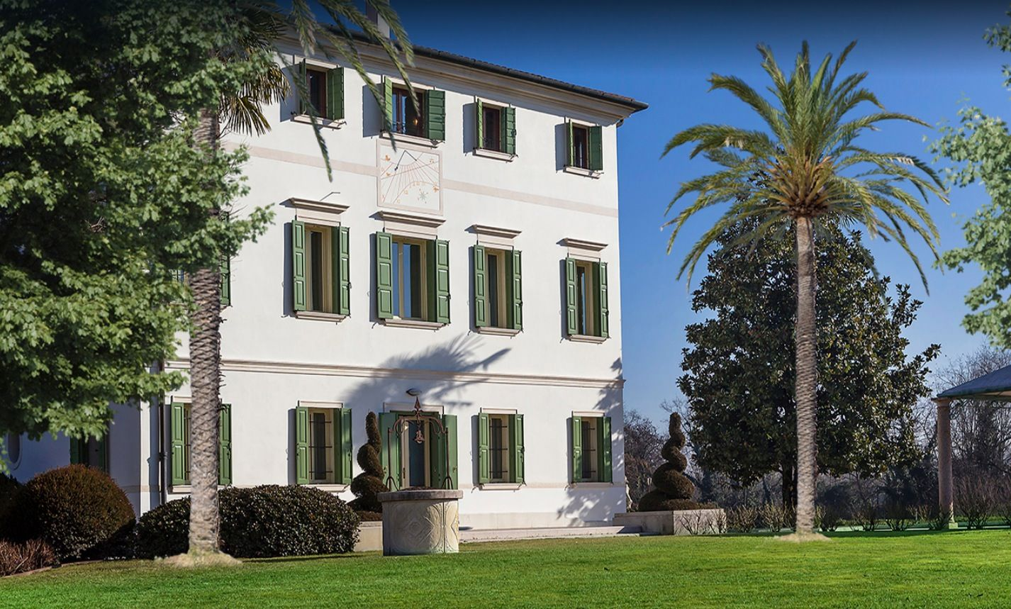 Image 4   7 bedroom villa for sale with 0.75 hectares of land, Treviso, Veneto 199832