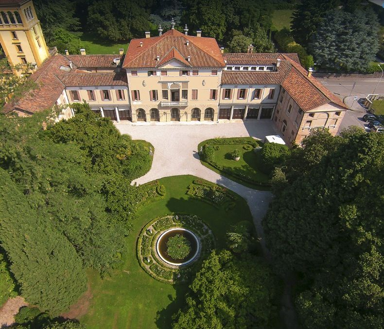 Image 1 | 10 bedroom villa for sale with 0.72 hectares of land, Vicenza, Veneto 199835