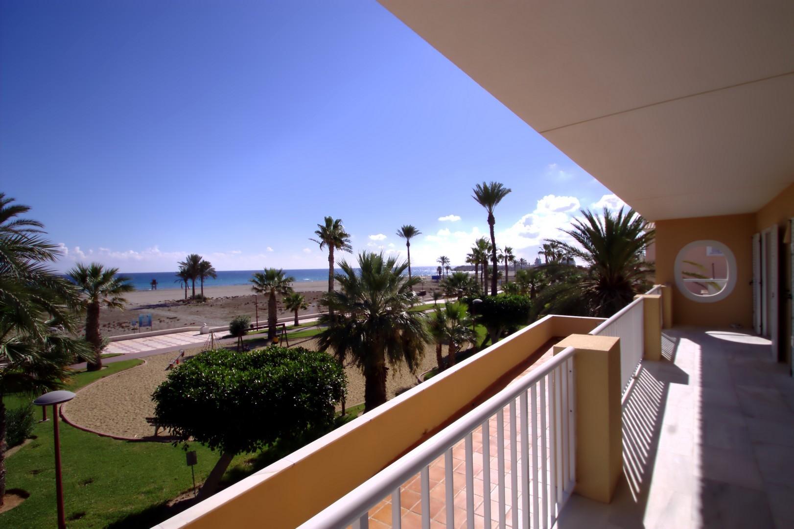 Image 3 | 6 bedroom villa for sale with 350m2 of land, Vera Playa, Almeria Costa Almeria, Andalucia 199876