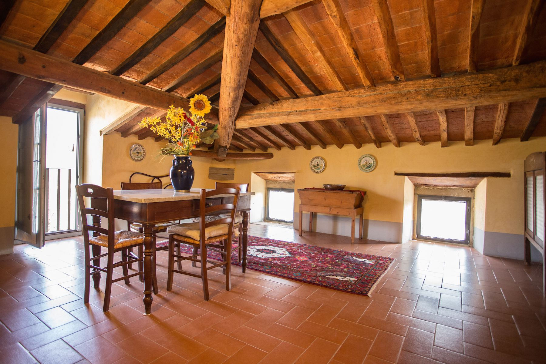 Image 13   13 bedroom villa for sale with 1 hectares of land, Arezzo, Chianti Wine Region 200333