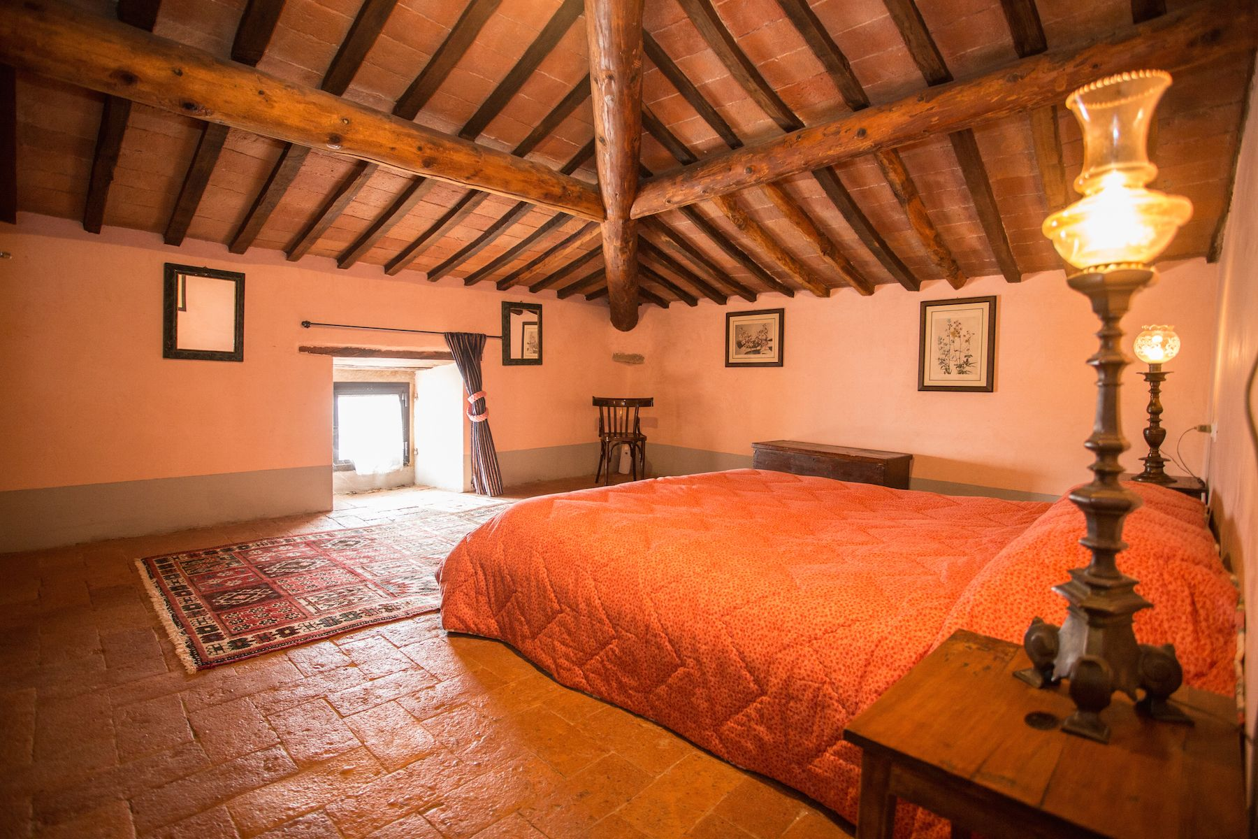 Image 16   13 bedroom villa for sale with 1 hectares of land, Arezzo, Chianti Wine Region 200333