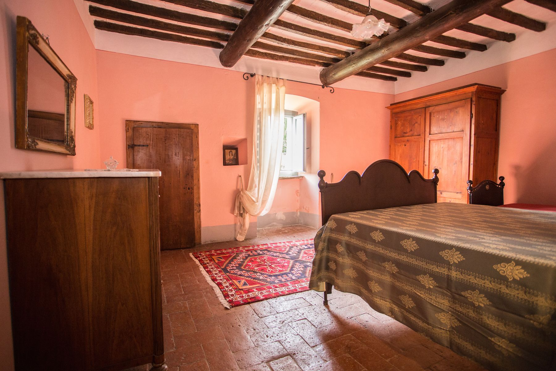 Image 23   13 bedroom villa for sale with 1 hectares of land, Arezzo, Chianti Wine Region 200333