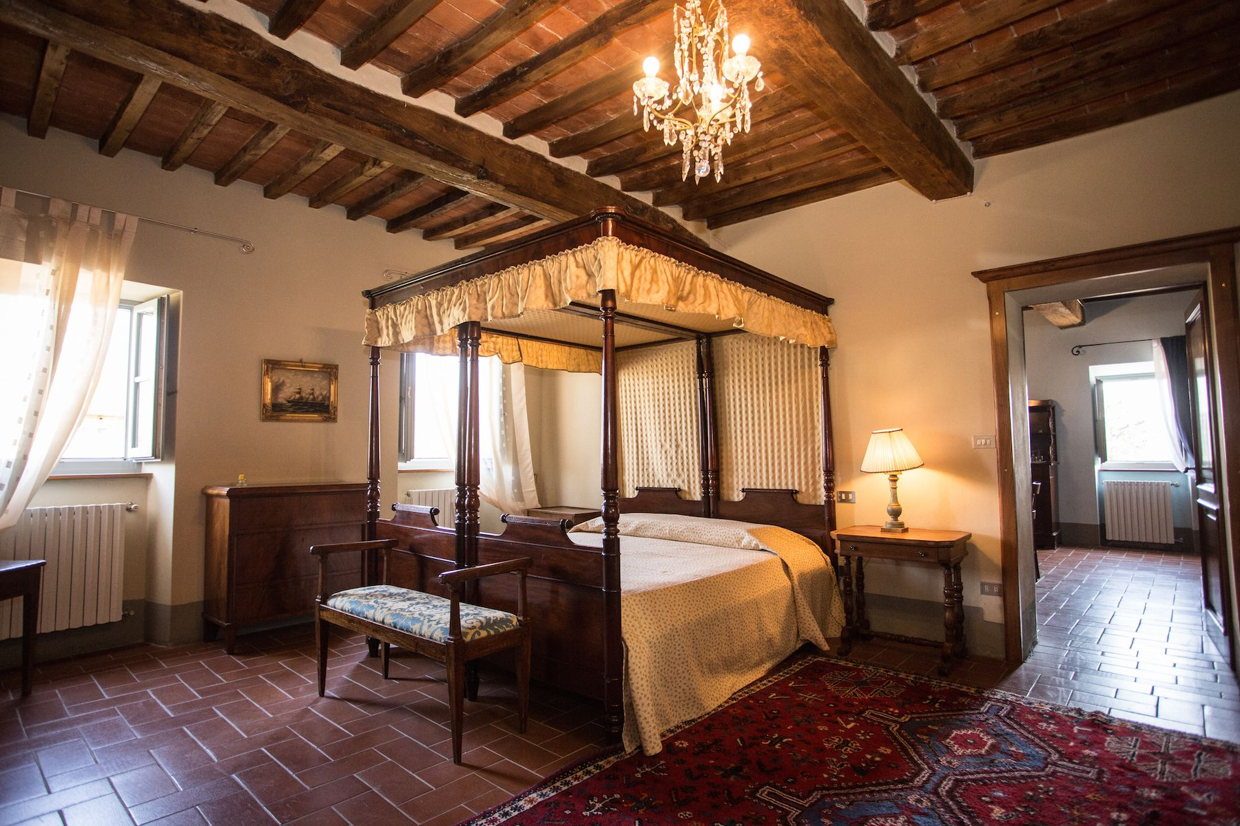 Image 26   13 bedroom villa for sale with 1 hectares of land, Arezzo, Chianti Wine Region 200333
