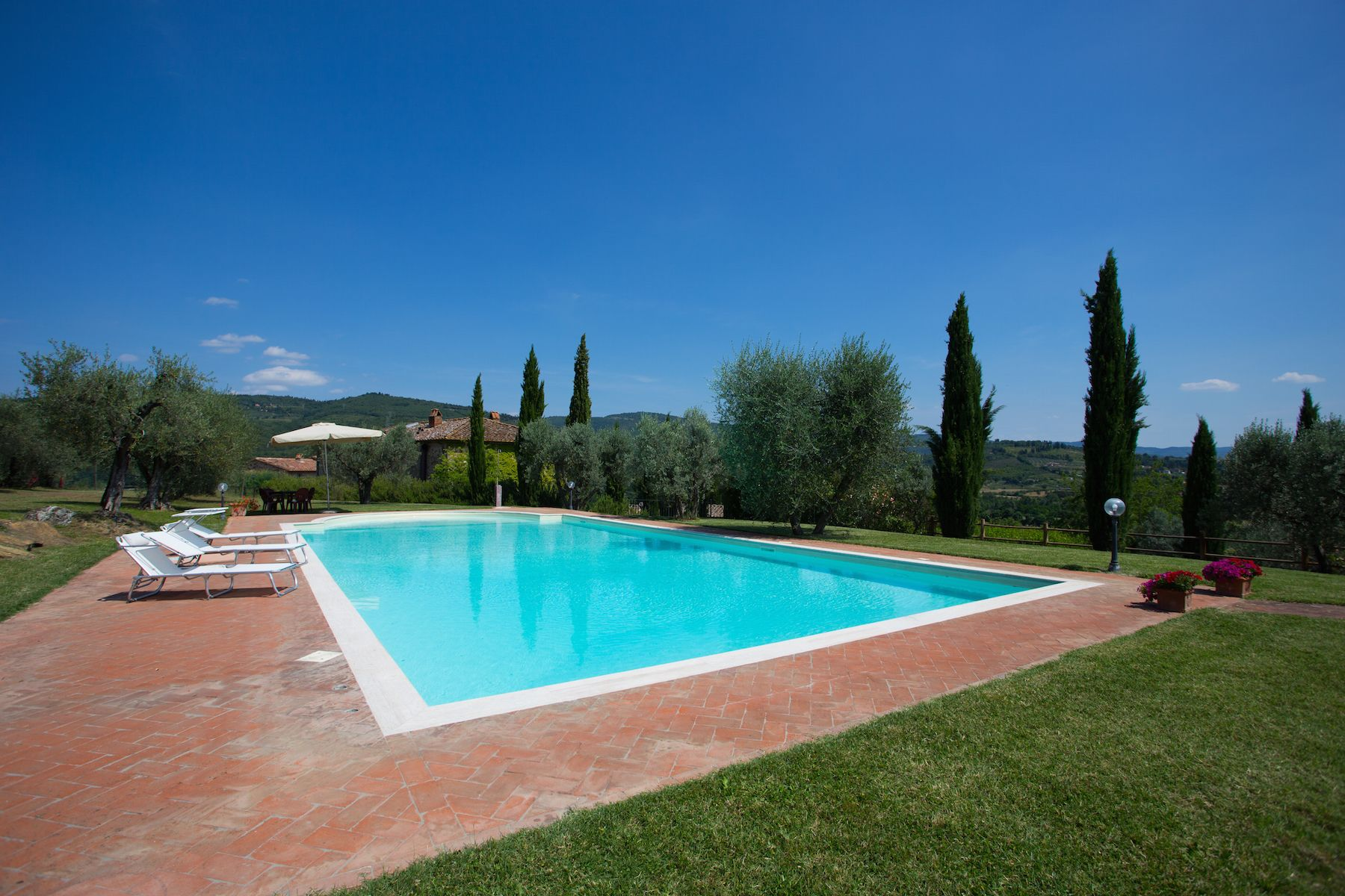 Image 3   13 bedroom villa for sale with 1 hectares of land, Arezzo, Chianti Wine Region 200333