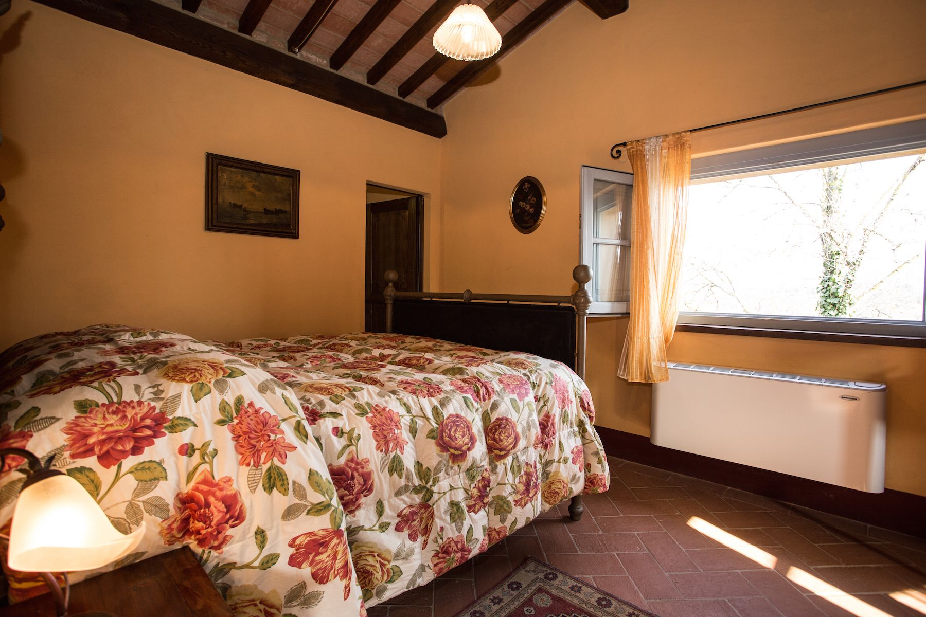 Image 33   13 bedroom villa for sale with 1 hectares of land, Arezzo, Chianti Wine Region 200333