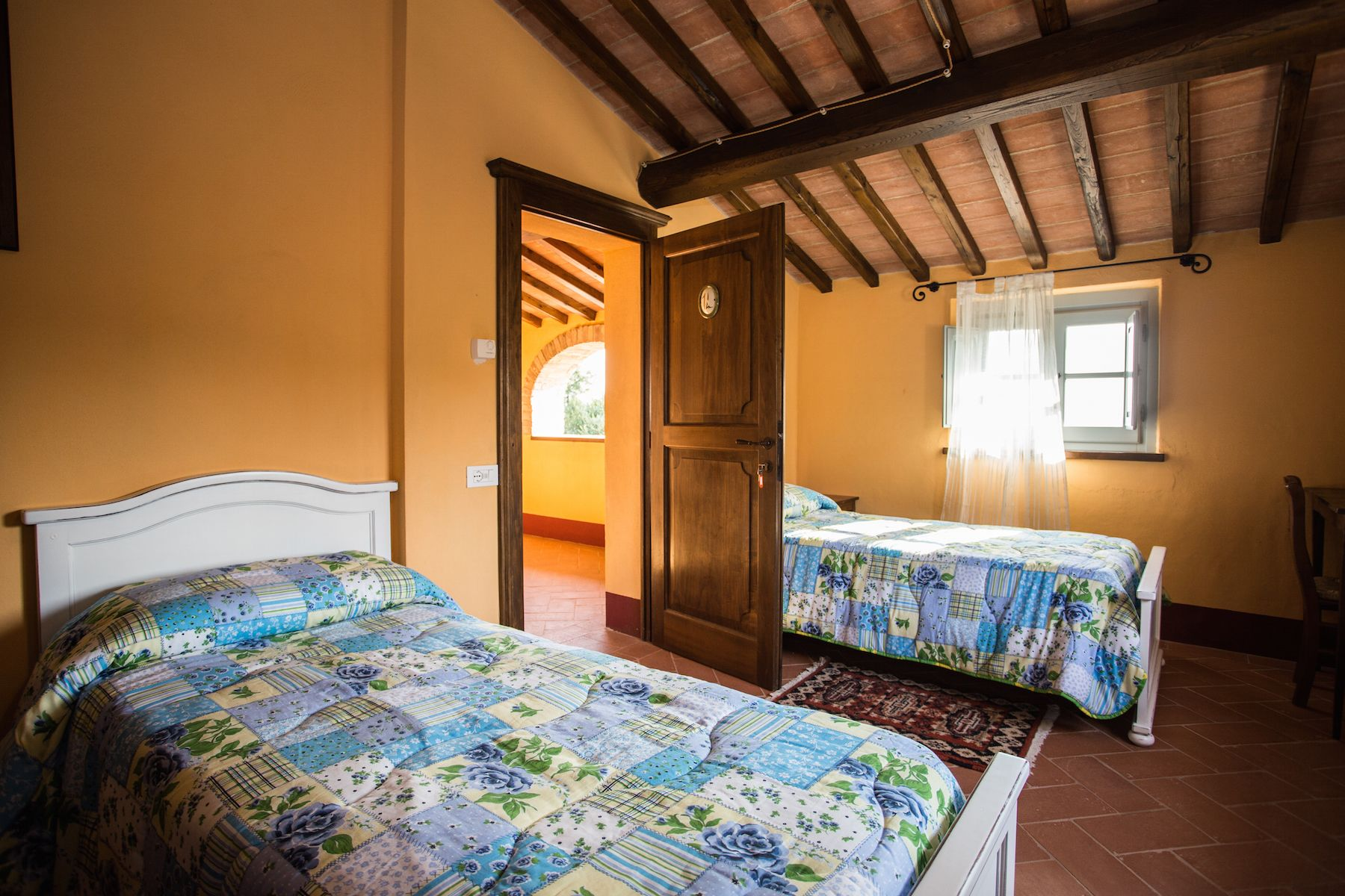 Image 36   13 bedroom villa for sale with 1 hectares of land, Arezzo, Chianti Wine Region 200333