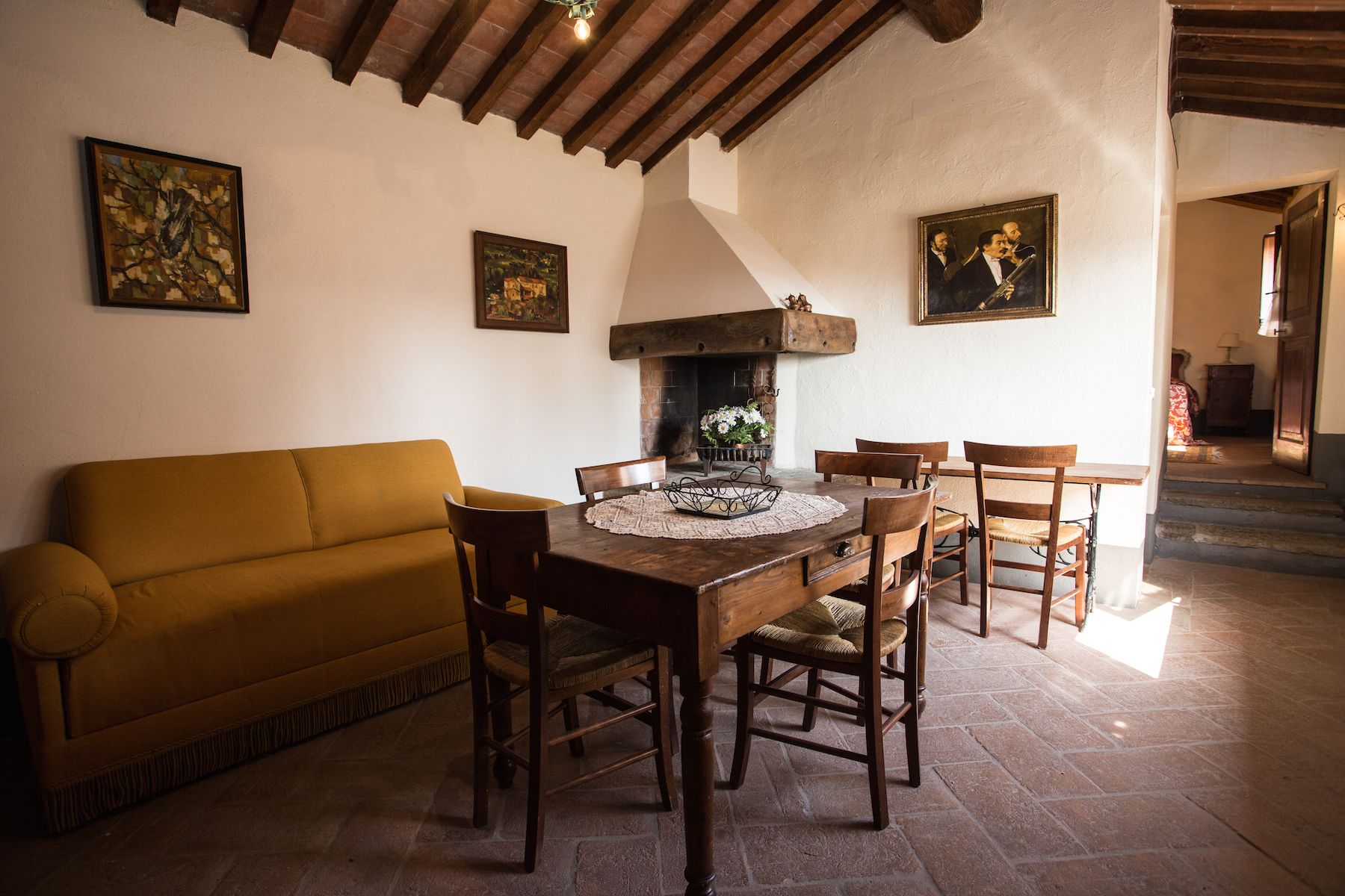 Image 8   13 bedroom villa for sale with 1 hectares of land, Arezzo, Chianti Wine Region 200333
