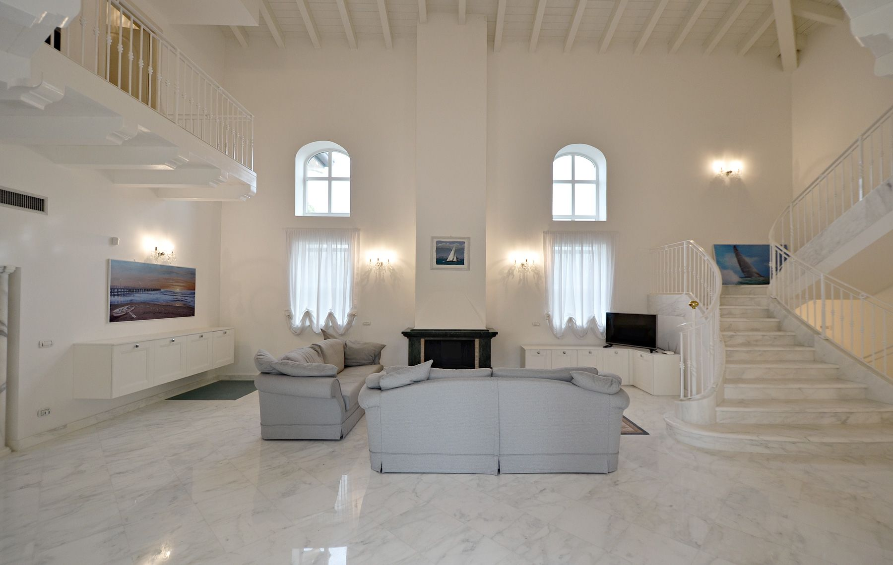 Image 5 | 7 bedroom villa for sale with 1,400m2 of land, Forte dei Marmi, Lucca, Tuscany 200509