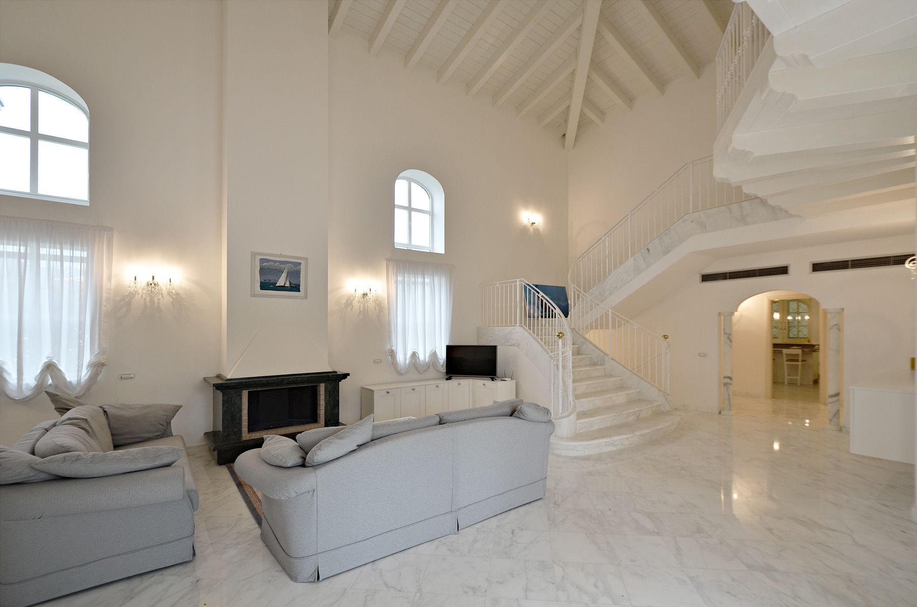 Image 6 | 7 bedroom villa for sale with 1,400m2 of land, Forte dei Marmi, Lucca, Tuscany 200509