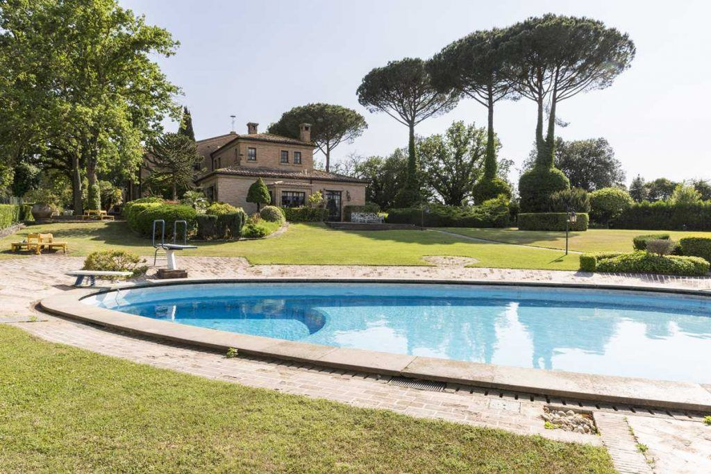 Image 14   18 bedroom house for sale with 0.6 hectares of land, Olgiata, Rome, Lazio 200984