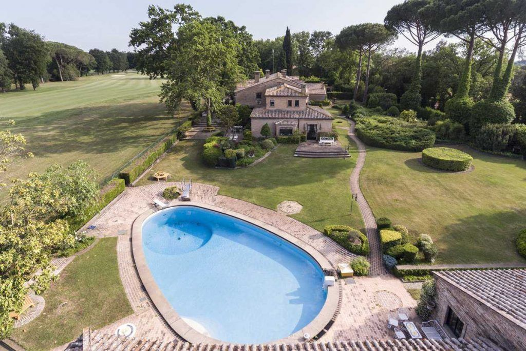 Image 5   18 bedroom house for sale with 0.6 hectares of land, Olgiata, Rome, Lazio 200984