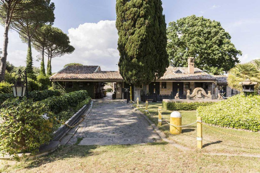 Image 6   18 bedroom house for sale with 0.6 hectares of land, Olgiata, Rome, Lazio 200984