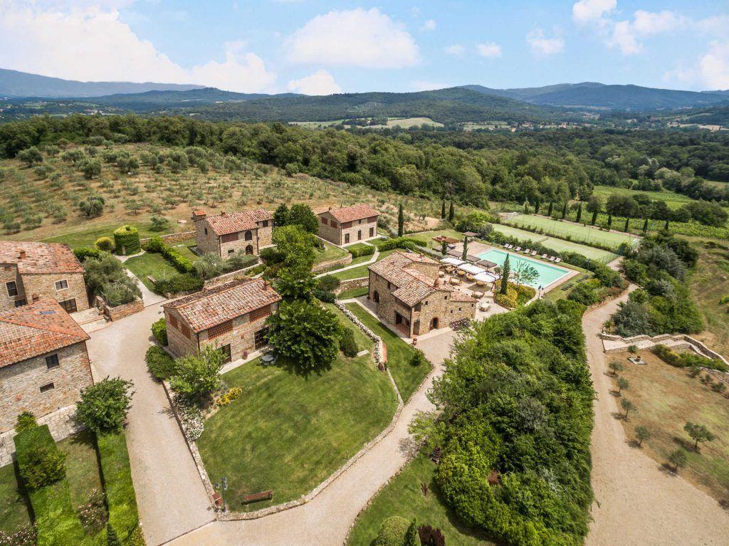 Image 1 | Prestigious Estate with a total of 80 bedrooms for sale, located in Bucine, Arezzo 200986