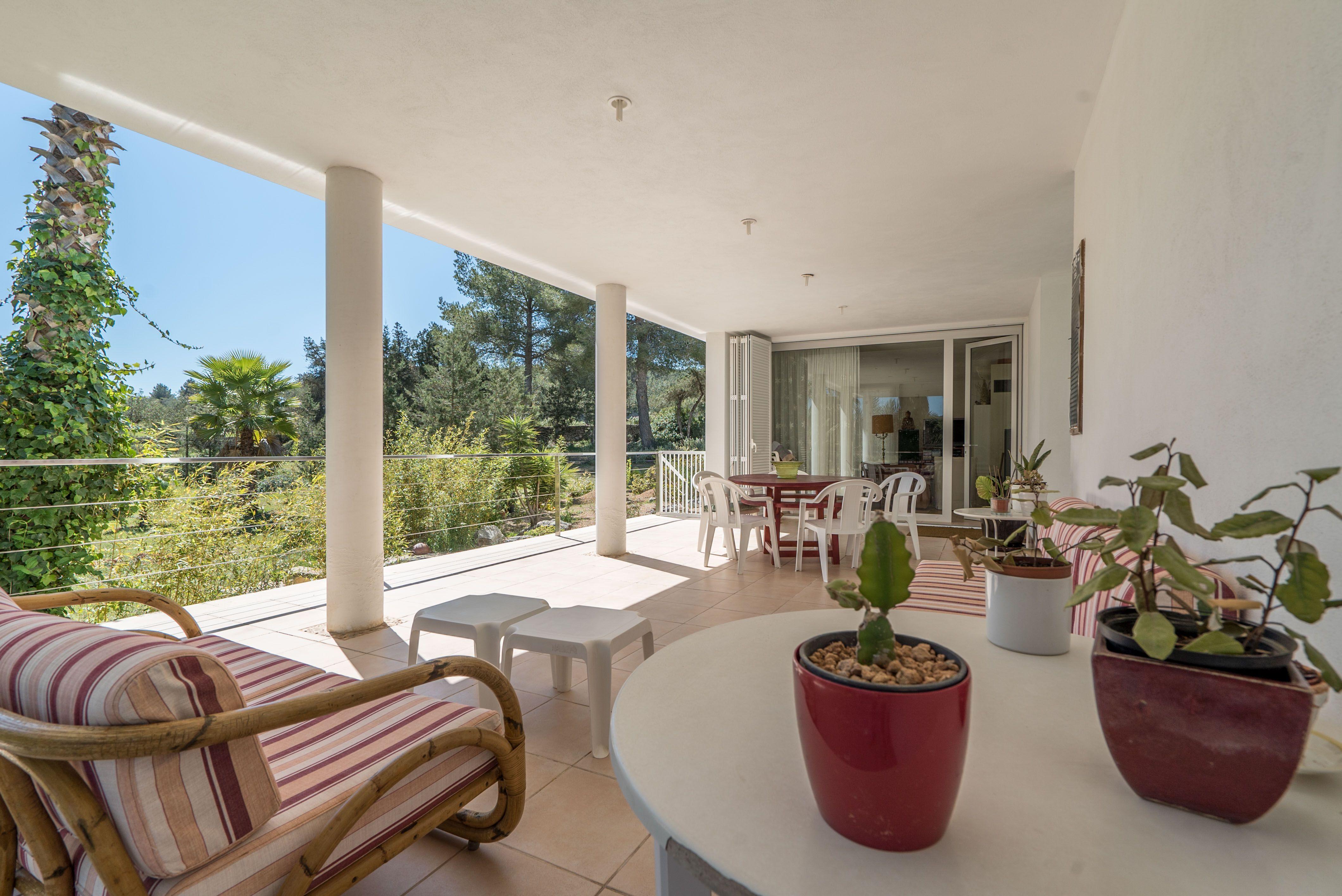 Image 3 | 4 bedroom villa for sale with 1 hectares of land, Santa Gertrudis de Fruitera, Central Ibiza, Ibiza 201040
