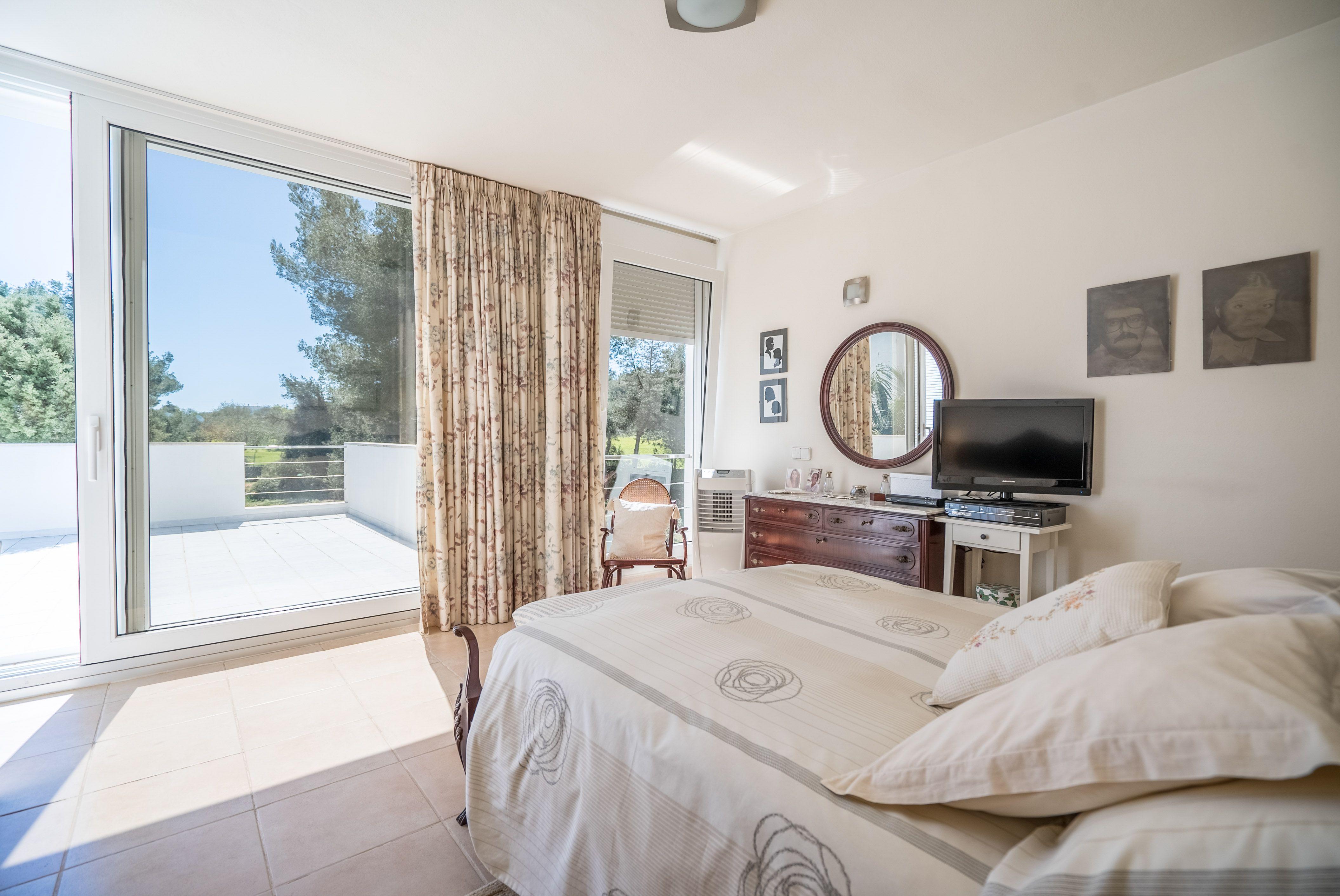 Image 5 | 4 bedroom villa for sale with 1 hectares of land, Santa Gertrudis de Fruitera, Central Ibiza, Ibiza 201040
