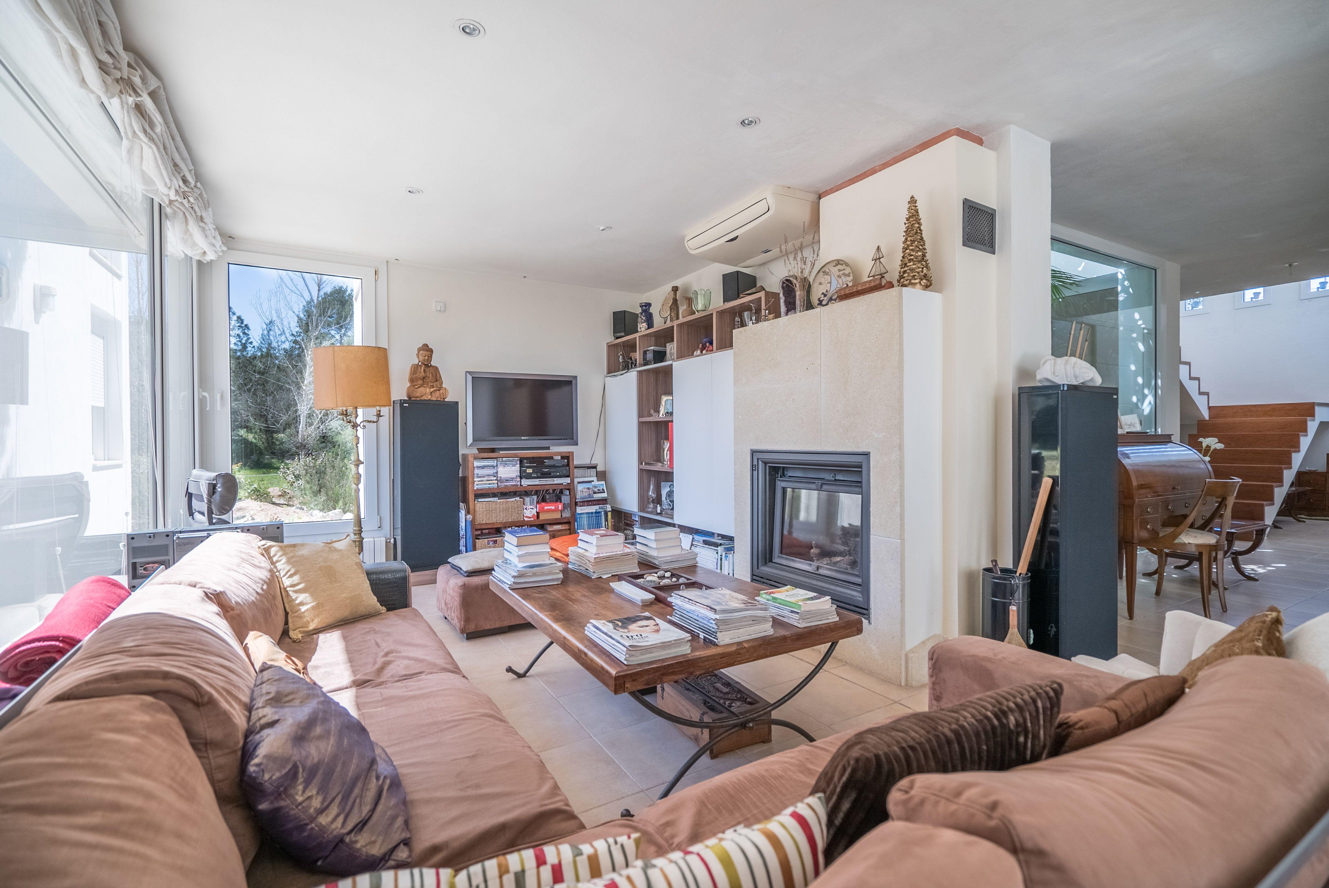 Image 8 | 4 bedroom villa for sale with 1 hectares of land, Santa Gertrudis de Fruitera, Central Ibiza, Ibiza 201040