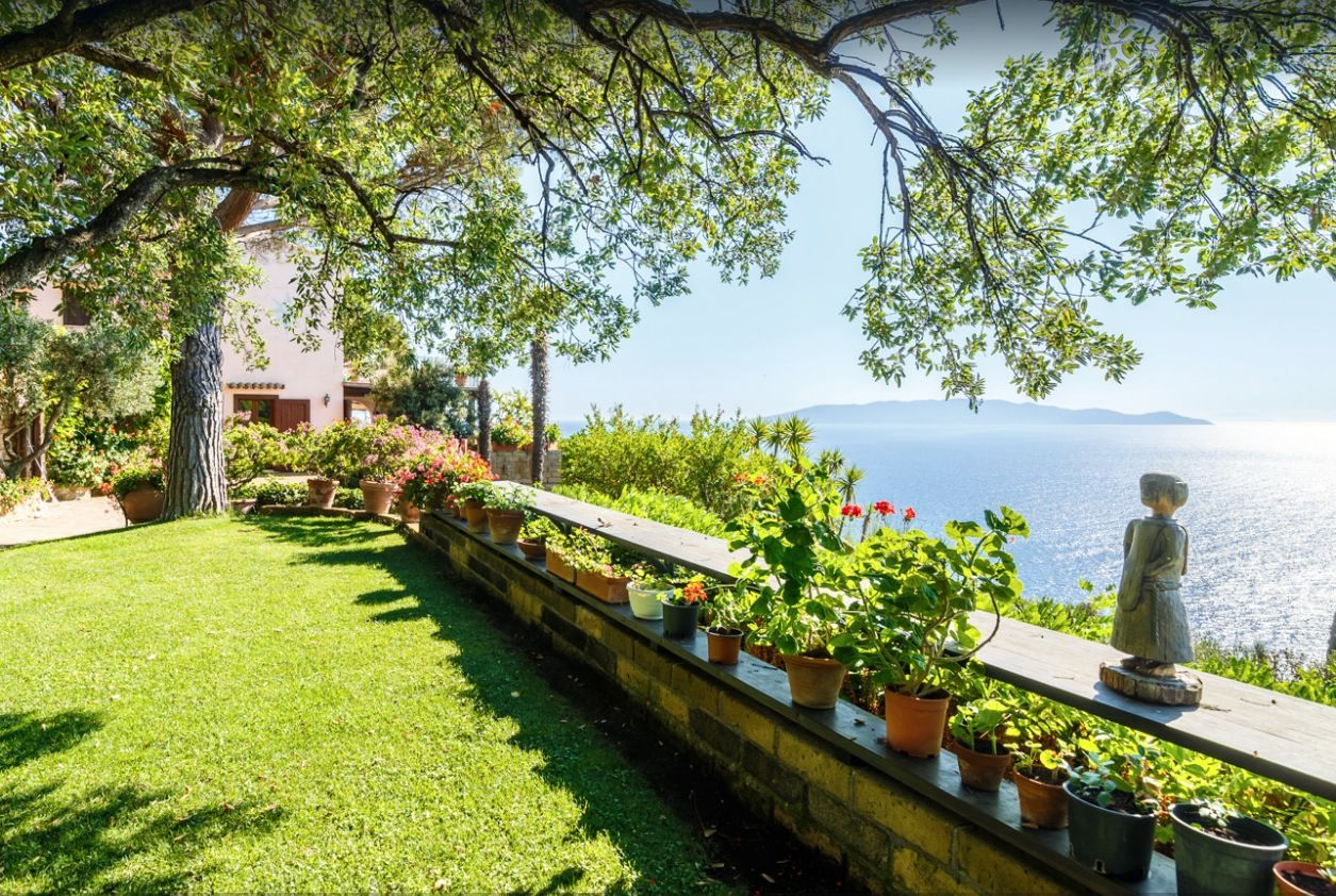 Image 11 | Stunning estate in Tuscany with 20 bedrooms for sale on Monte Argentario 201541