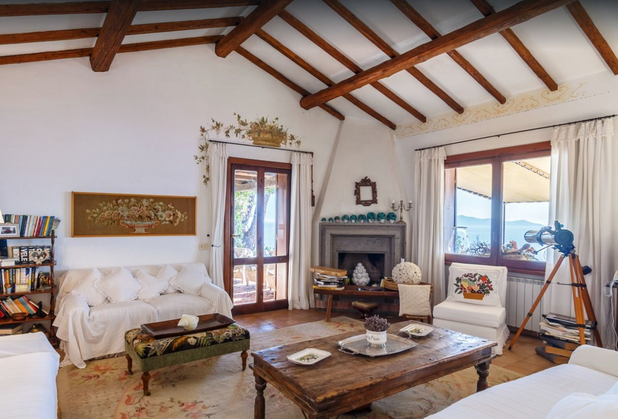 Image 19 | Stunning estate in Tuscany with 20 bedrooms for sale on Monte Argentario 201541
