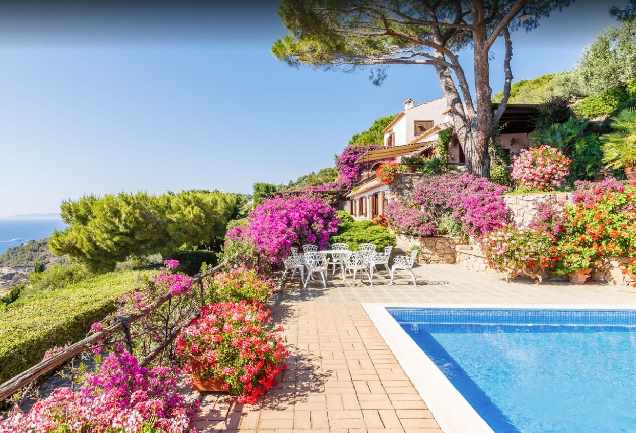 Image 2 | Stunning estate in Tuscany with 20 bedrooms for sale on Monte Argentario 201541
