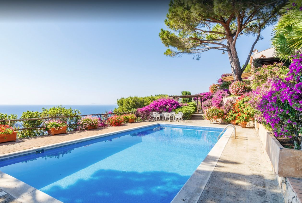 Image 3 | Stunning estate in Tuscany with 20 bedrooms for sale on Monte Argentario 201541