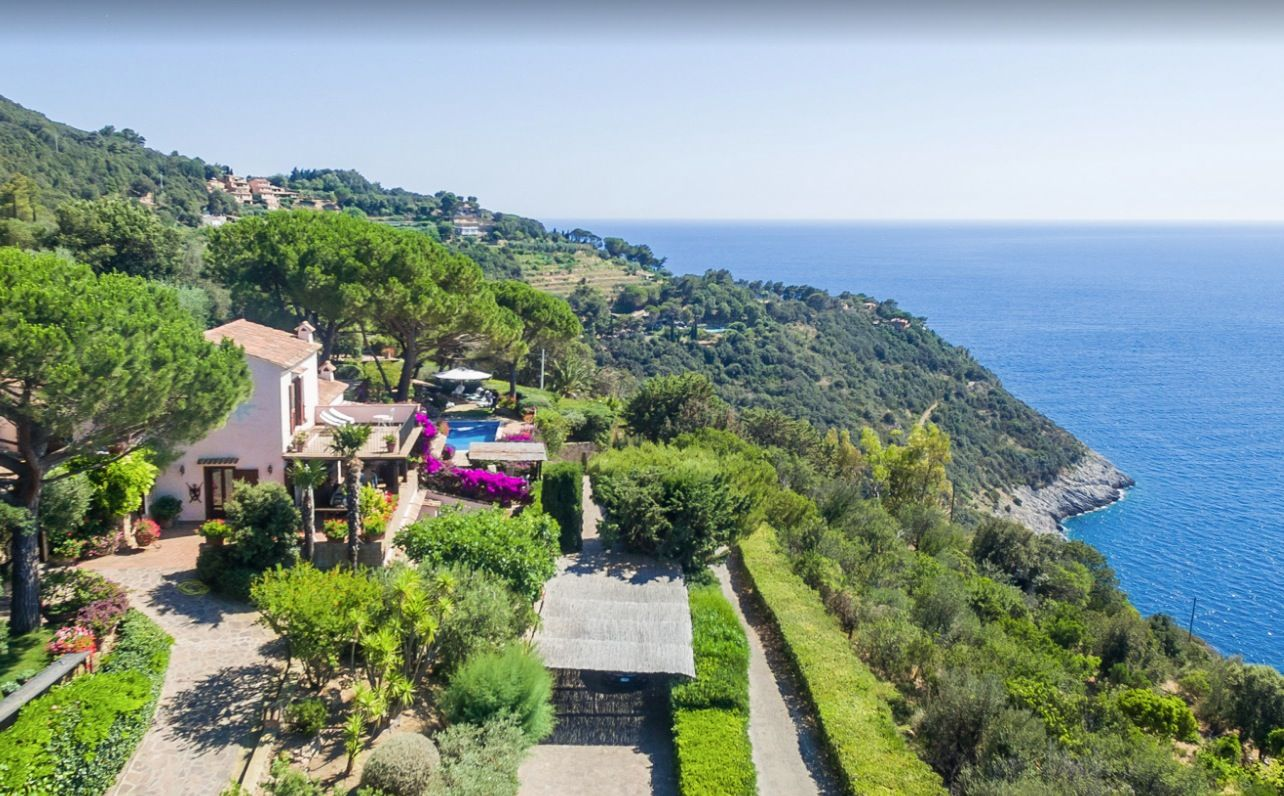 Image 34 | Stunning estate in Tuscany with 20 bedrooms for sale on Monte Argentario 201541
