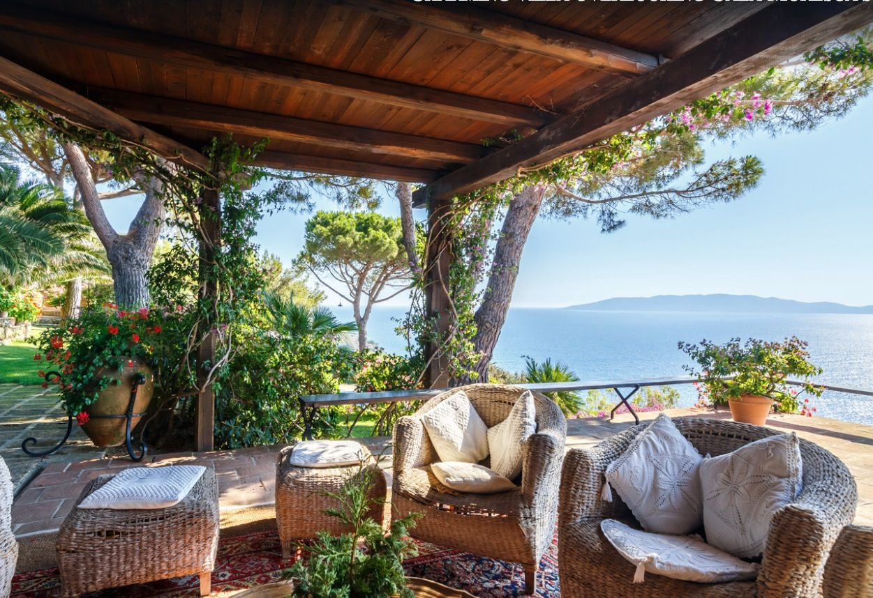 Image 6 | Stunning estate in Tuscany with 20 bedrooms for sale on Monte Argentario 201541