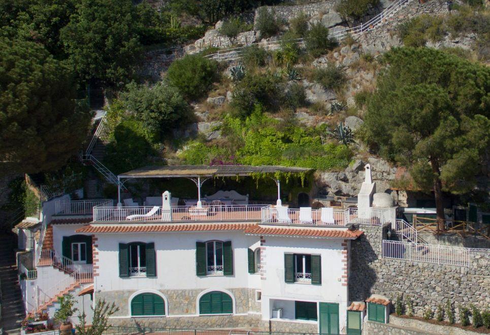 Image 2 | 3 bedroom villa for sale with 1,040m2 of land, Praiano, Salerno, Campania 201744