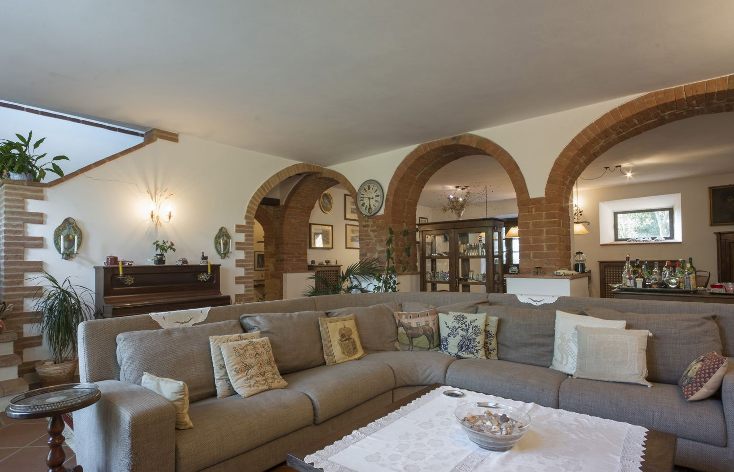 Image 15 | 4 bedroom villa for sale with 110 hectares of land, Trequanda, Siena, Chianti Wine Region 202371