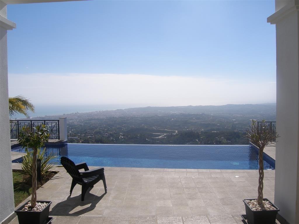 Image 16 | 4 bedroom villa for sale with 1,860m2 of land, Mijas, Malaga Costa del Sol, Andalucia 202392